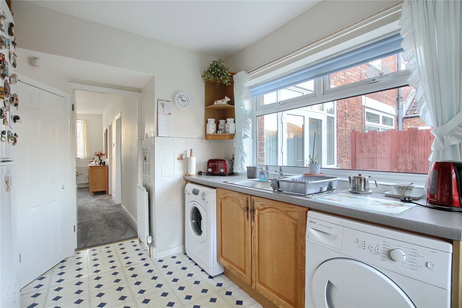 3 bed house for sale in Benton Road, Tollesby  - Property Image 10