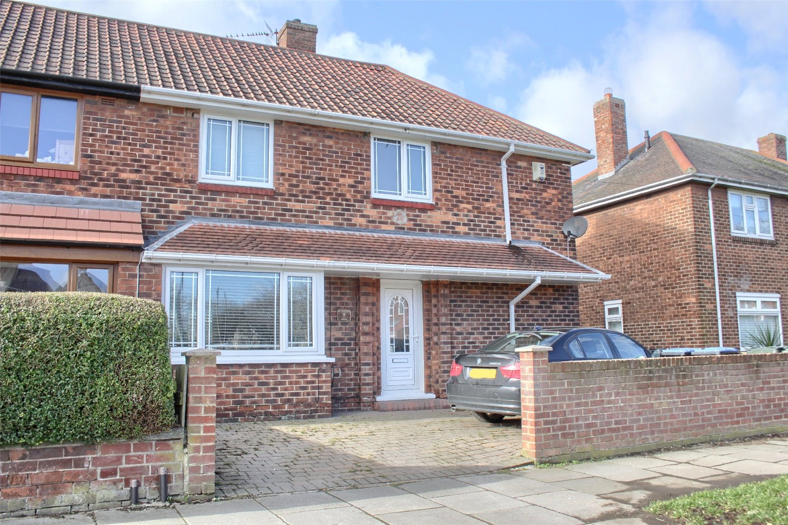 3 bed house for sale in Cavendish Road, Beechwood  - Property Image 1