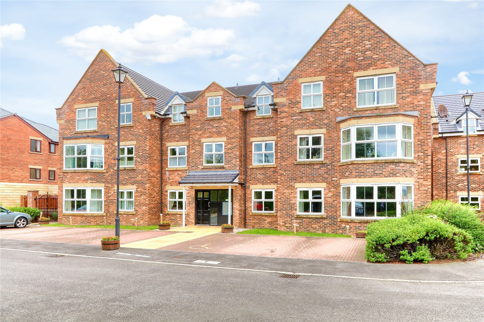 2 bed for sale in West End Manor, The Copse 1