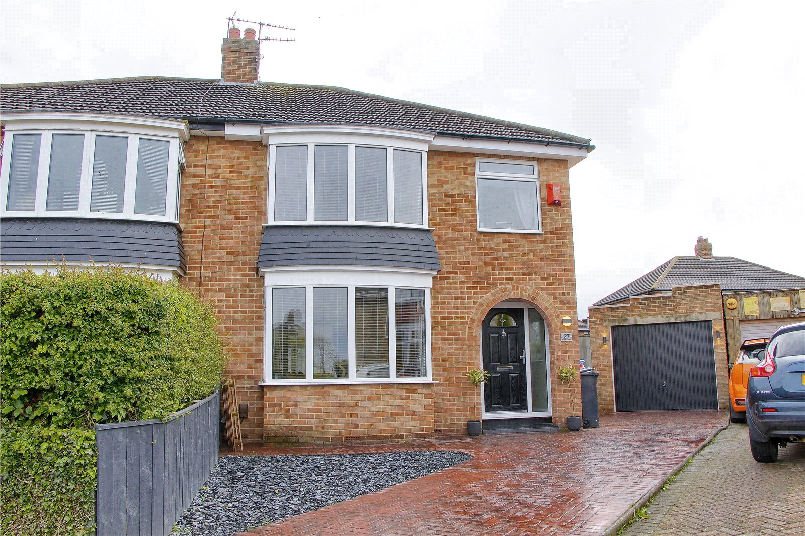 3 bed house for sale in Rushleigh Avenue, Acklam - Property Image 1