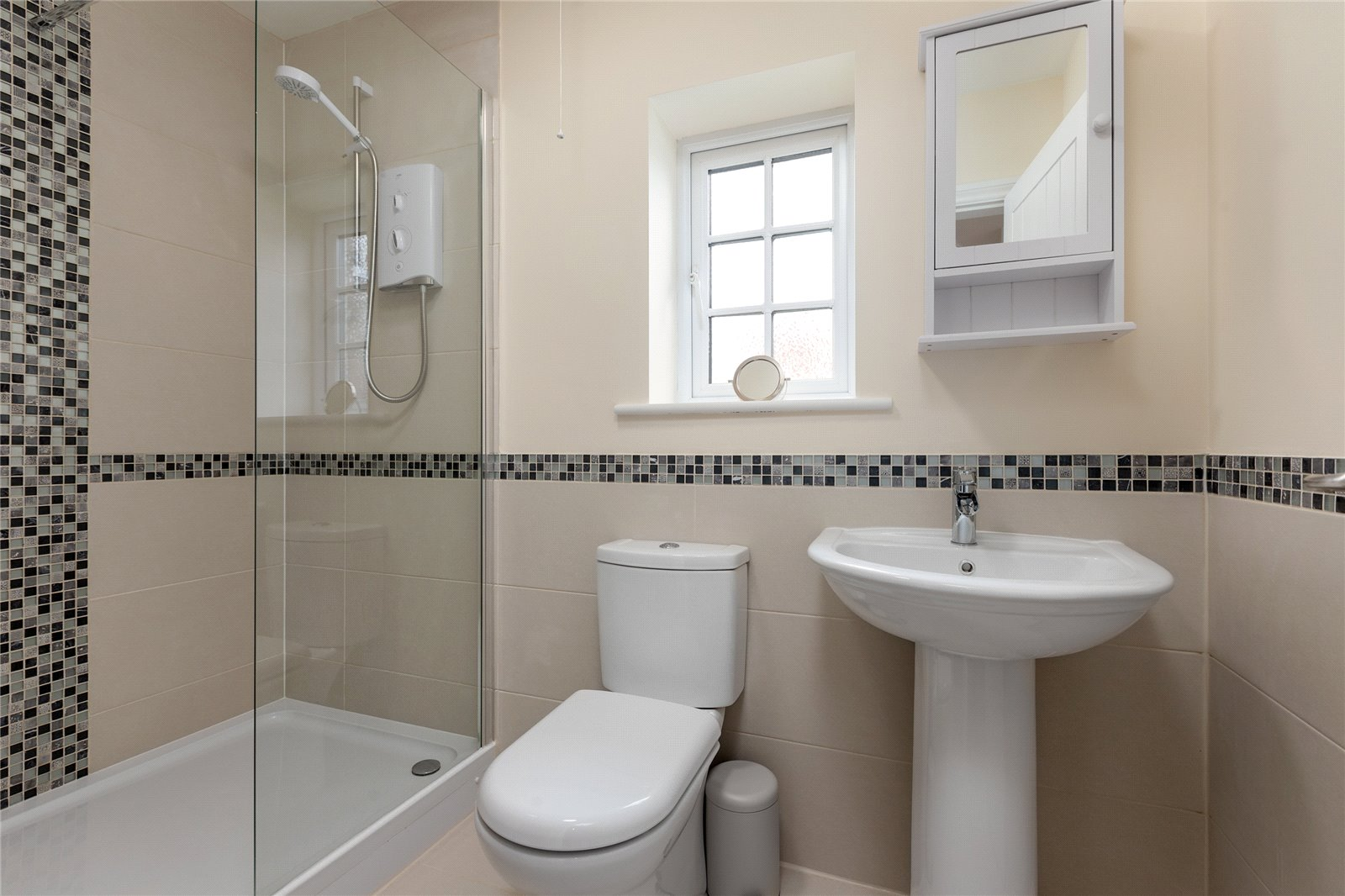 6 bed house for sale in Ladgate Lane, Middlesbrough  - Property Image 16