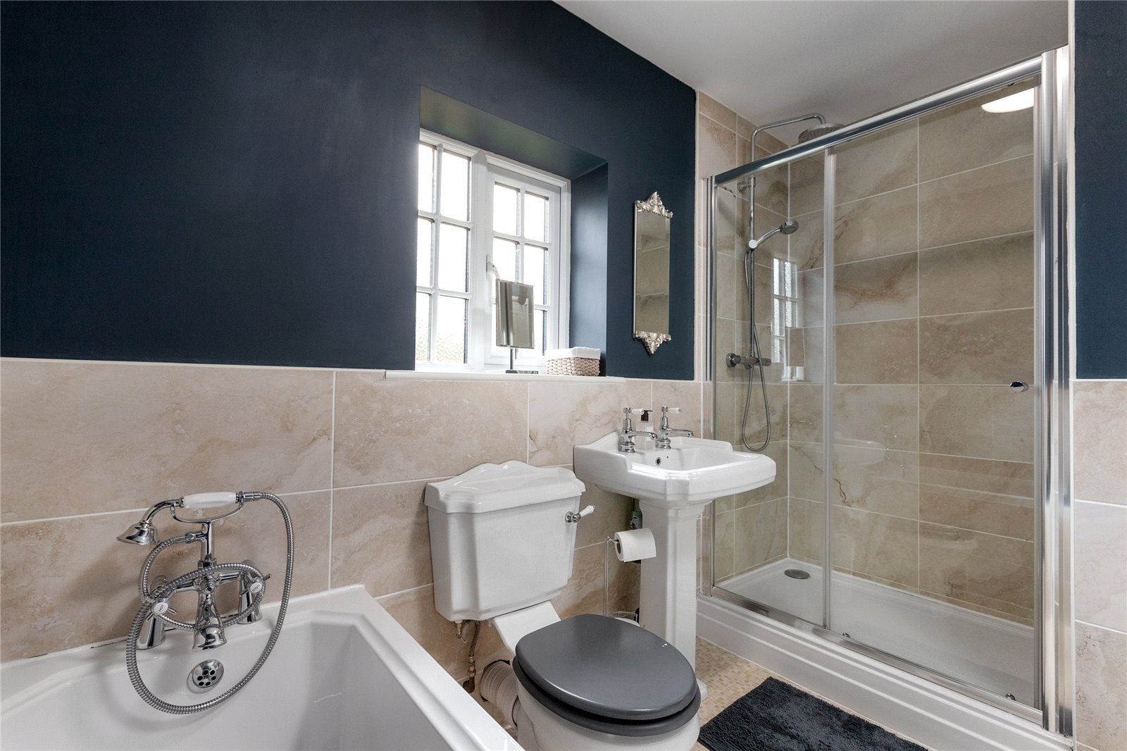 6 bed house for sale in Ladgate Lane, Middlesbrough  - Property Image 18