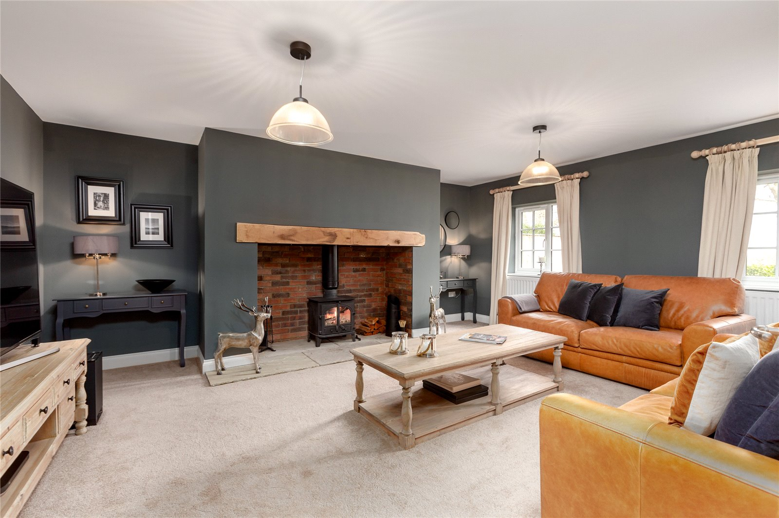 6 bed house for sale in Ladgate Lane, Middlesbrough  - Property Image 5