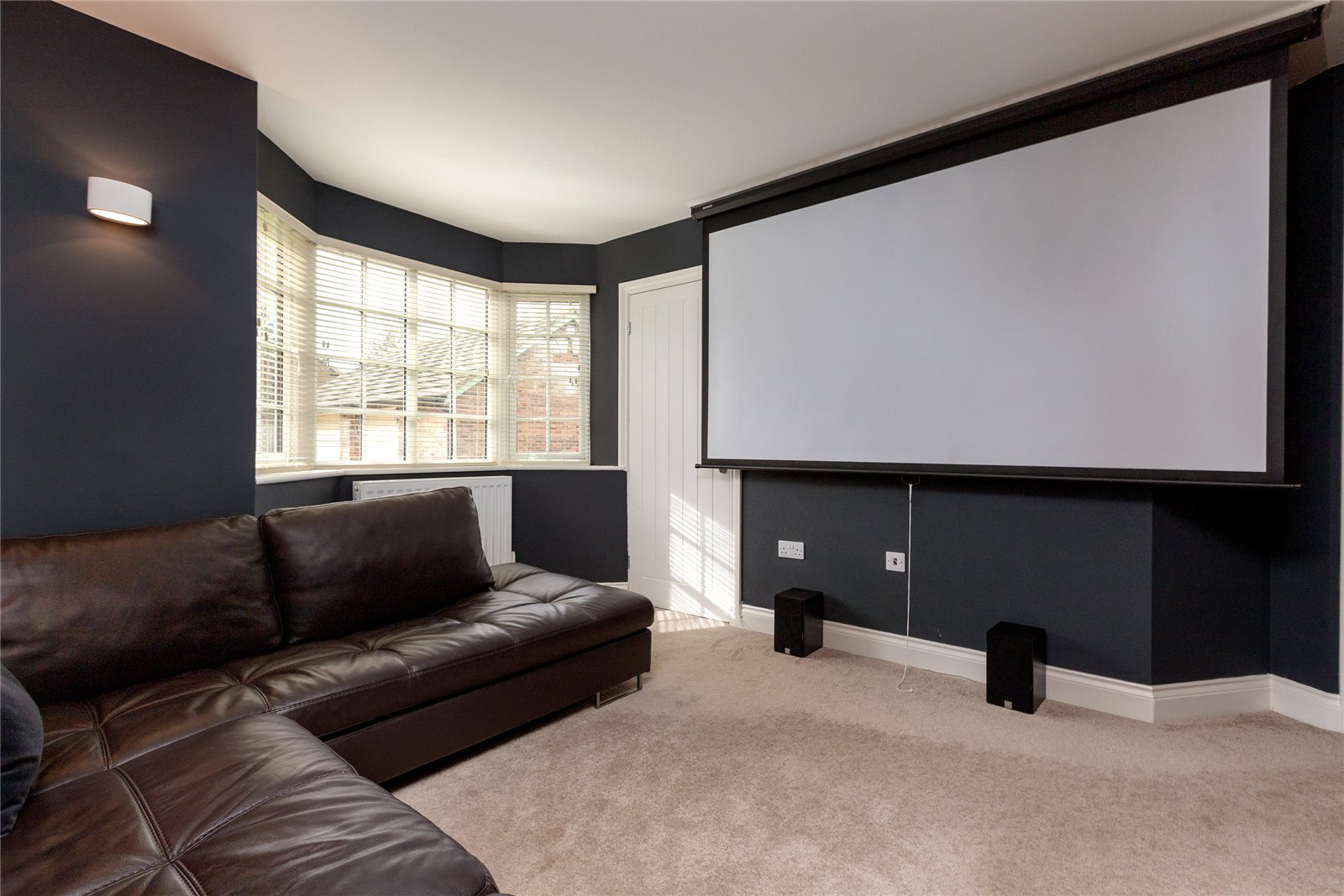 6 bed house for sale in Ladgate Lane, Middlesbrough  - Property Image 10