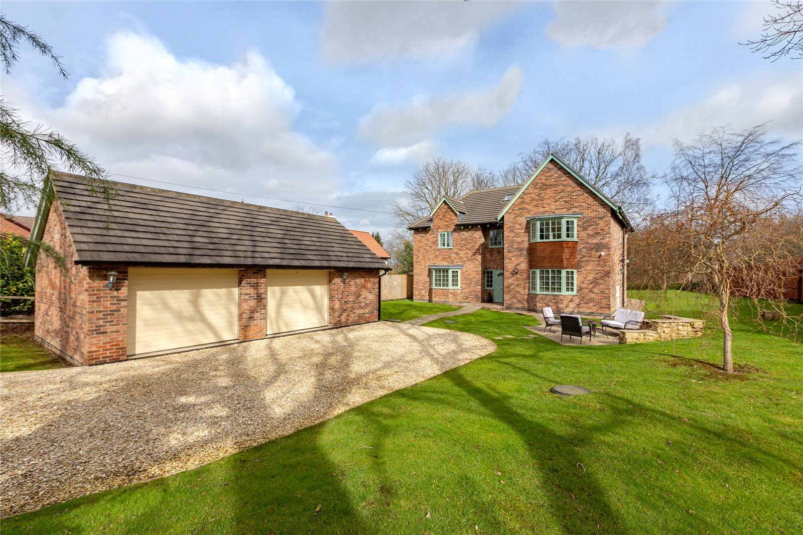 6 bed house for sale in Ladgate Lane, Middlesbrough - Property Image 1