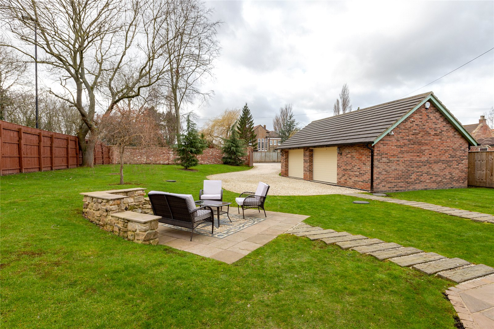 6 bed house for sale in Ladgate Lane, Middlesbrough  - Property Image 25