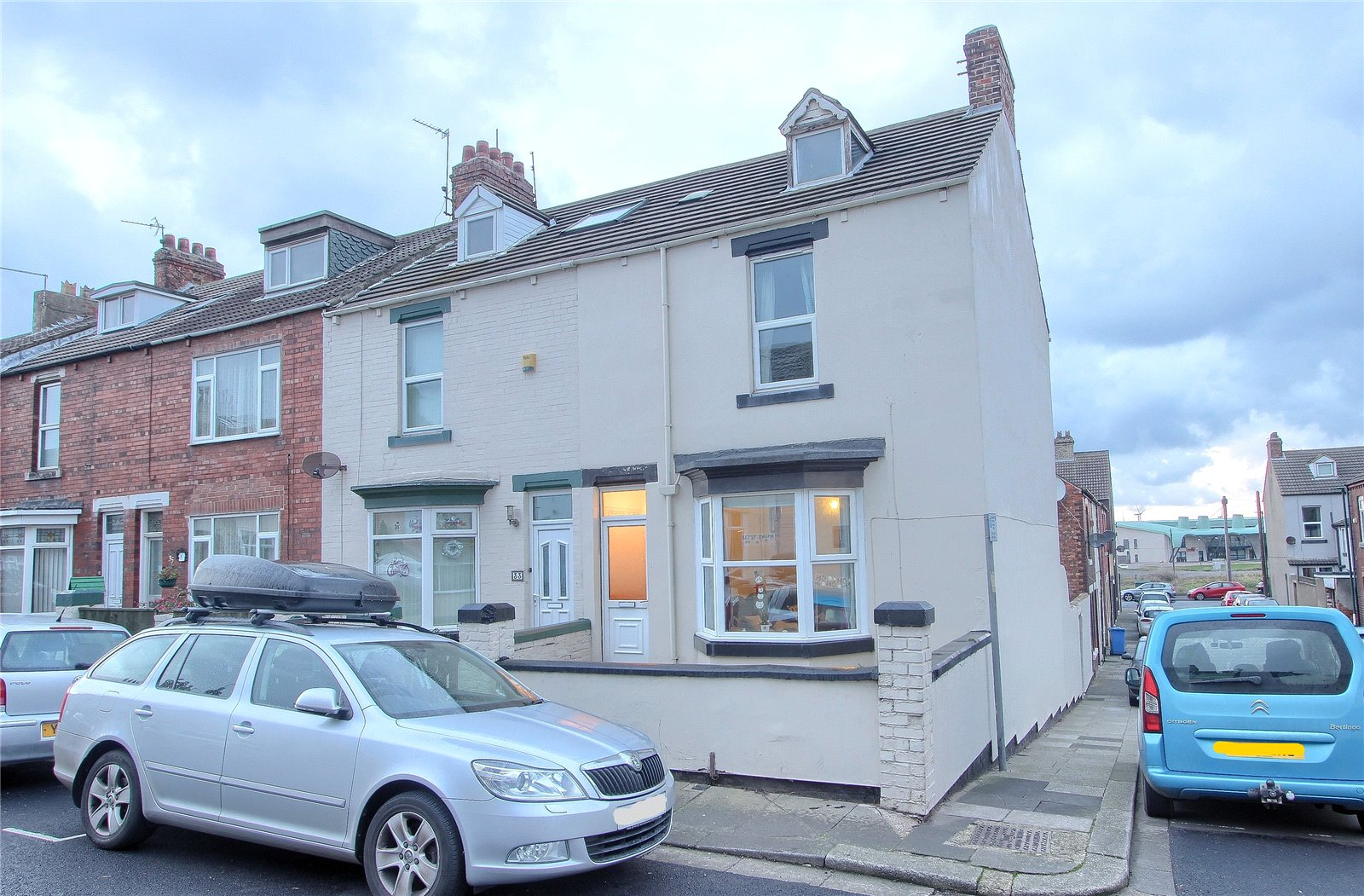 4 bed house for sale in High Street West, Redcar 1