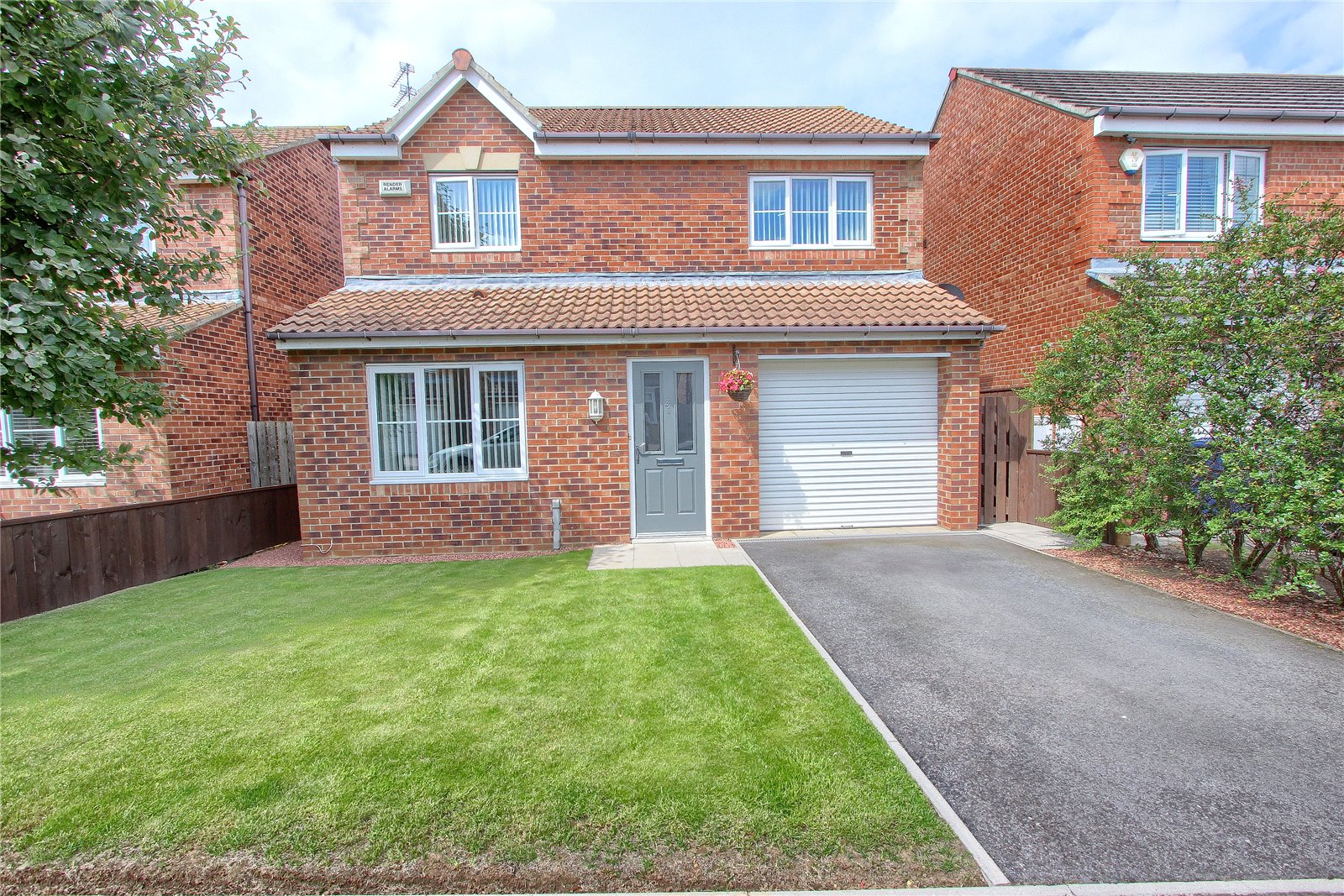 3 bed house for sale in Southwold Close, Redcar - Property Image 1