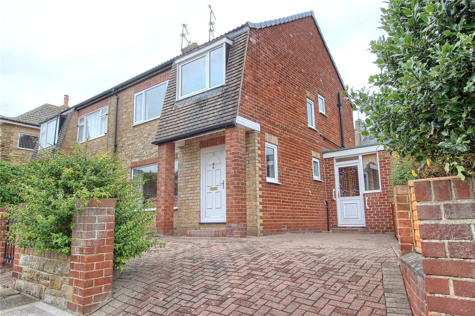 4 bed house for sale in Avon Close, Saltburn-by-the-Sea 1