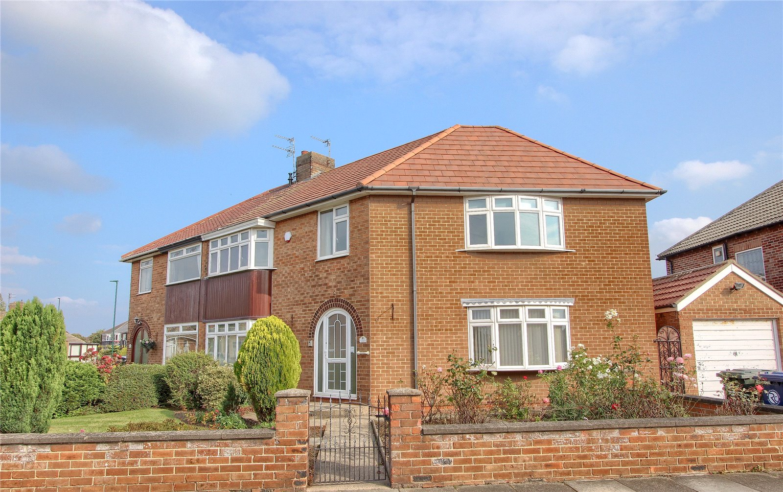 5 bed house for sale in Ascot Road, Redcar  - Property Image 1