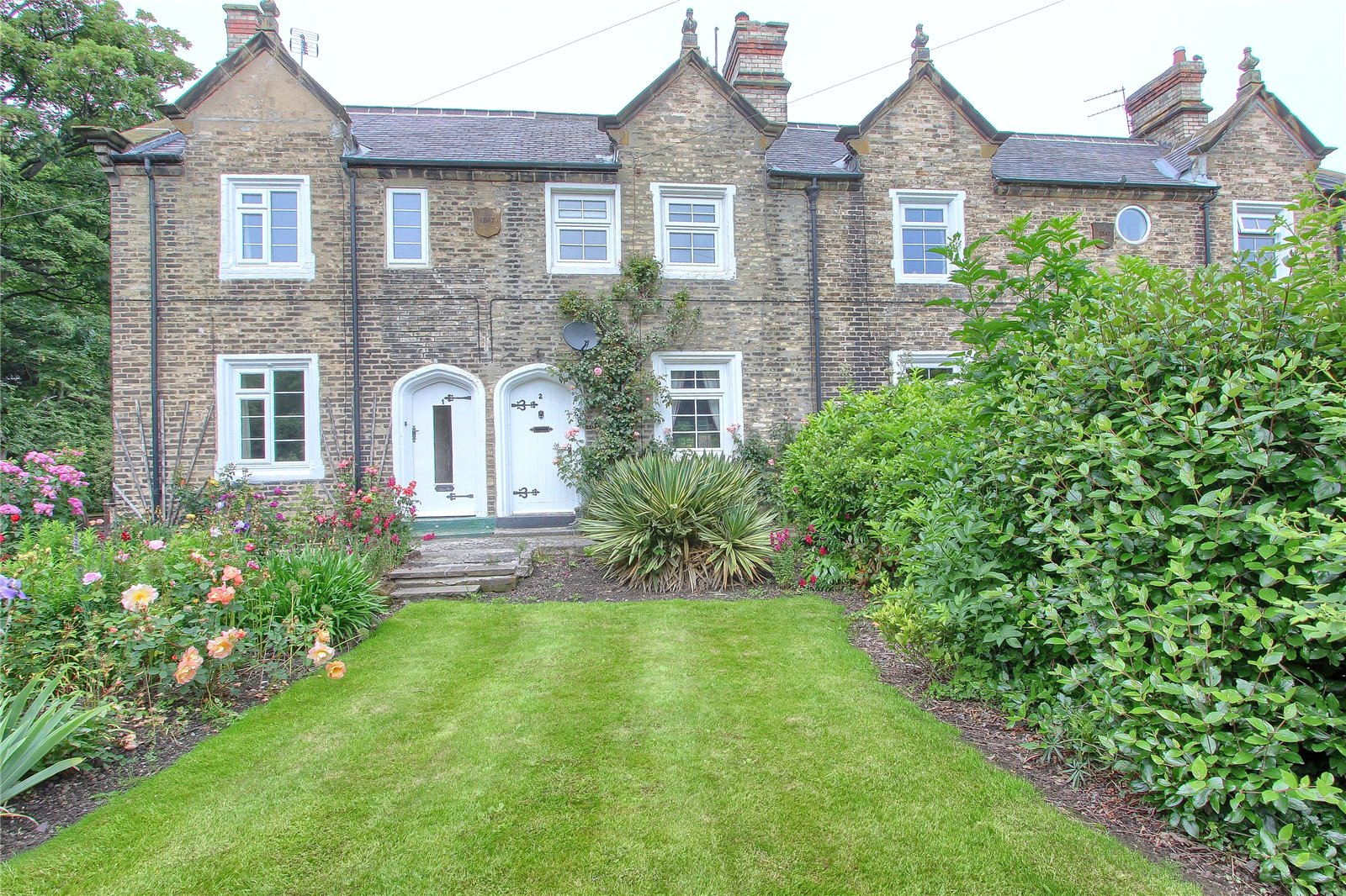 3 bed house for sale in The Cottages, Kirkleatham - Property Image 1