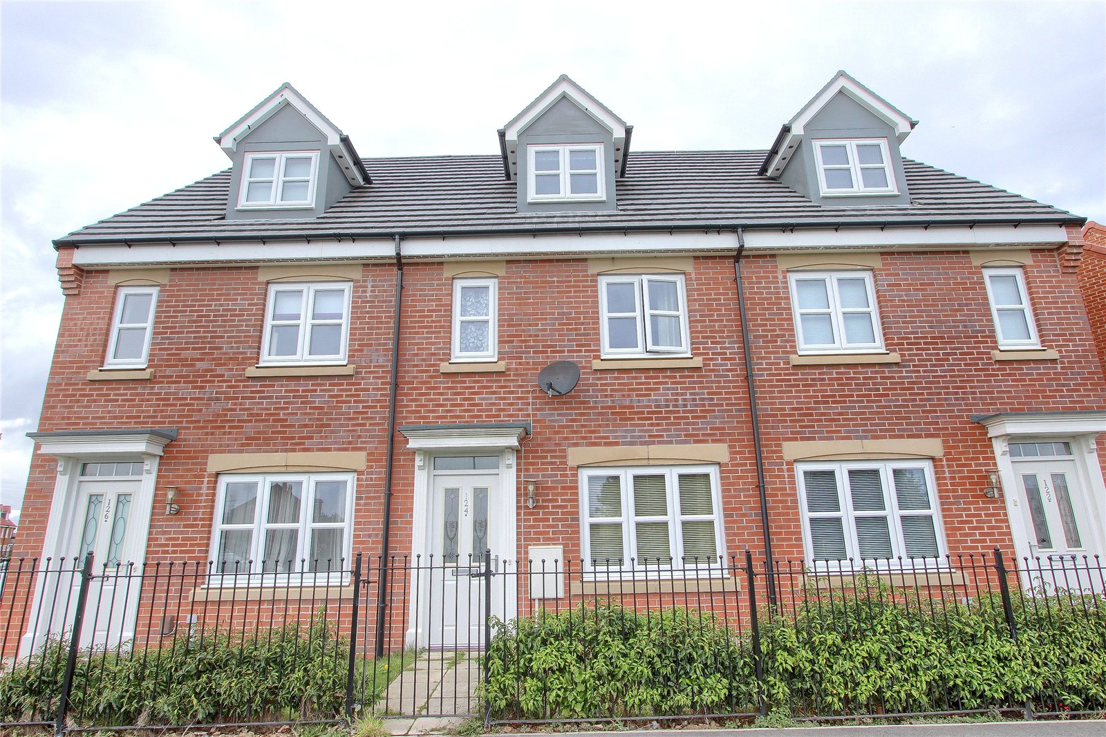 3 bed house for sale in Redcar Lane, Redcar  - Property Image 1