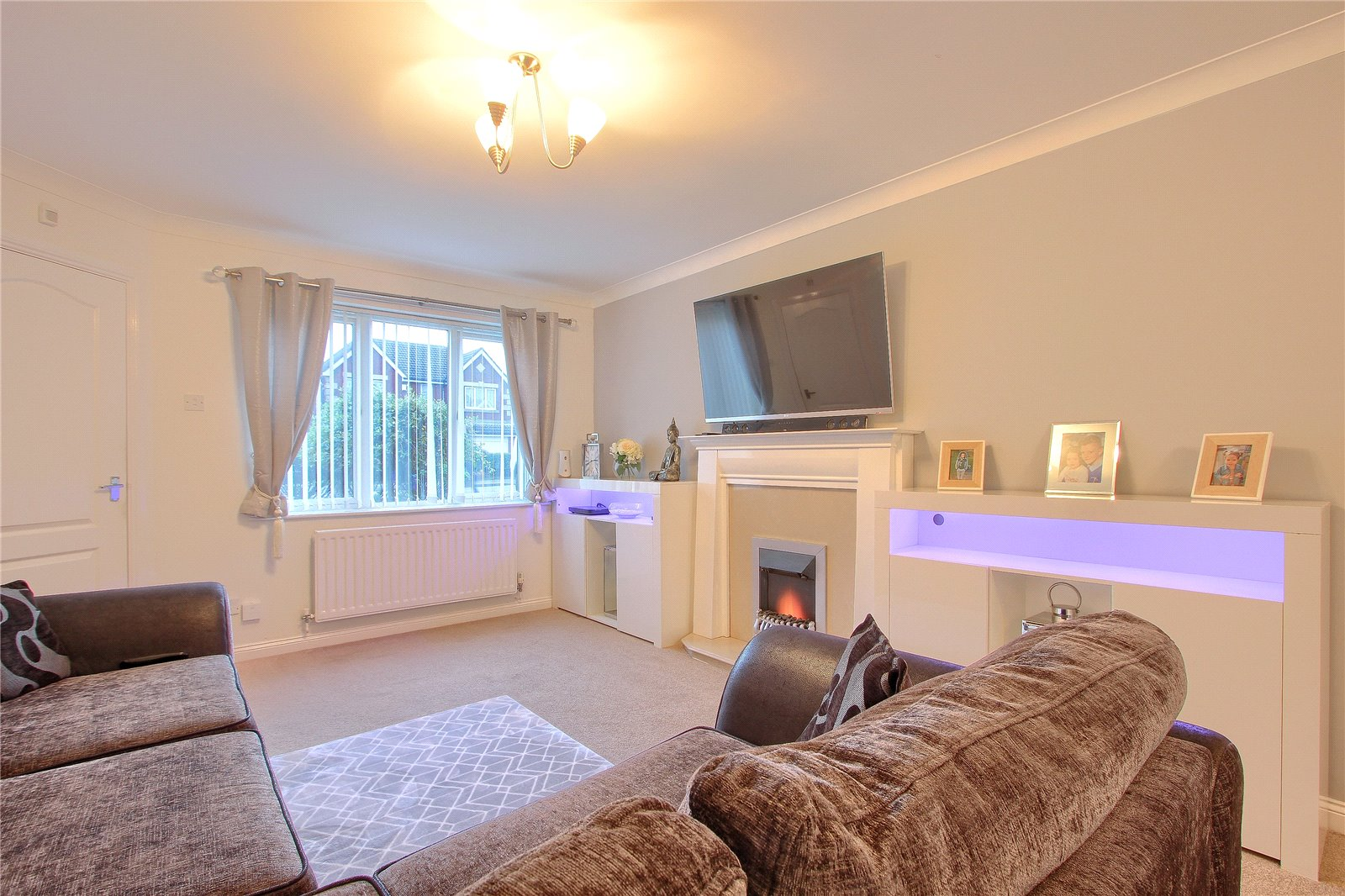 4 bed house for sale in Trevarrian Drive, Redcar  - Property Image 3