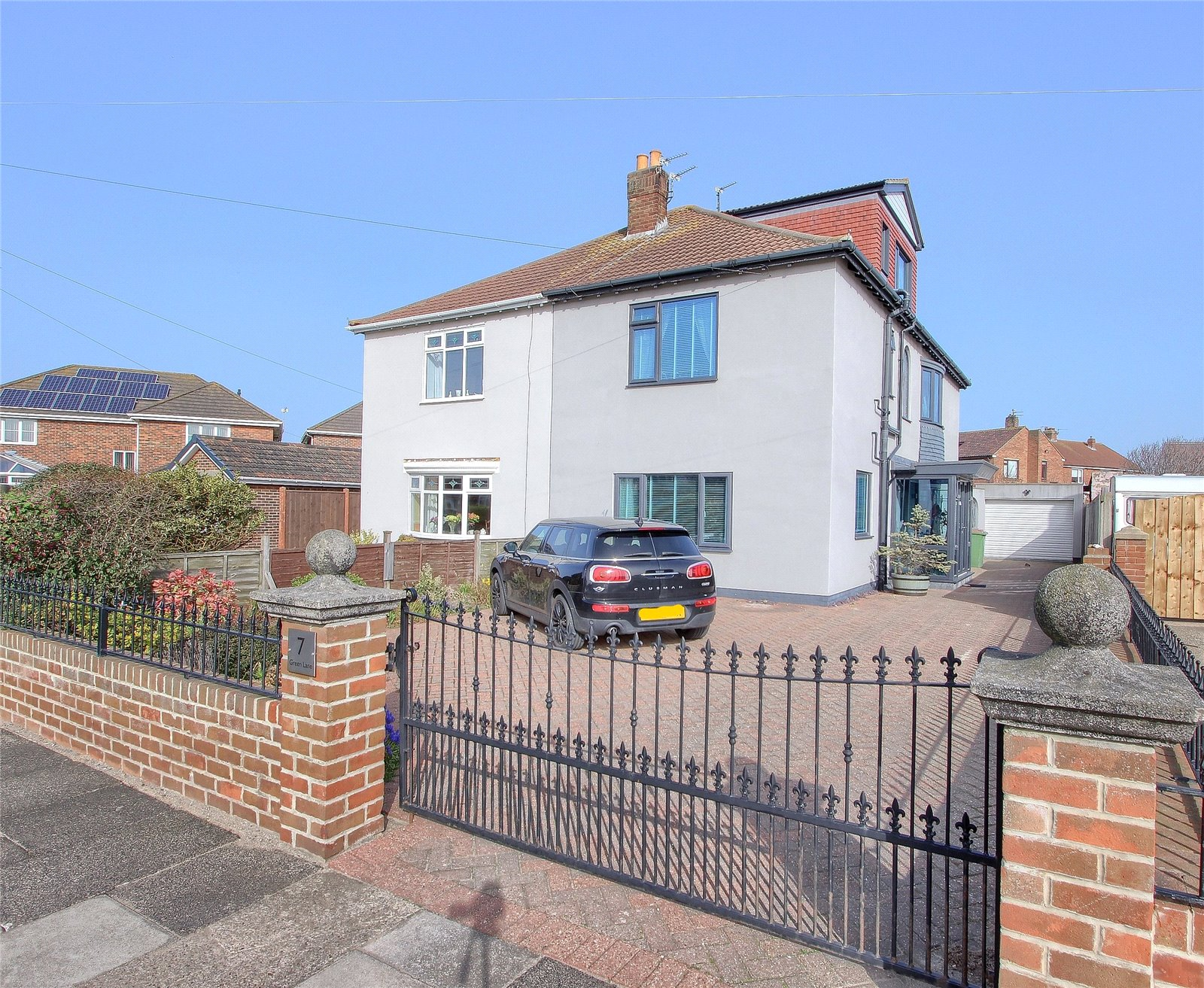 4 bed house for sale in Green Lane, Redcar - Property Image 1
