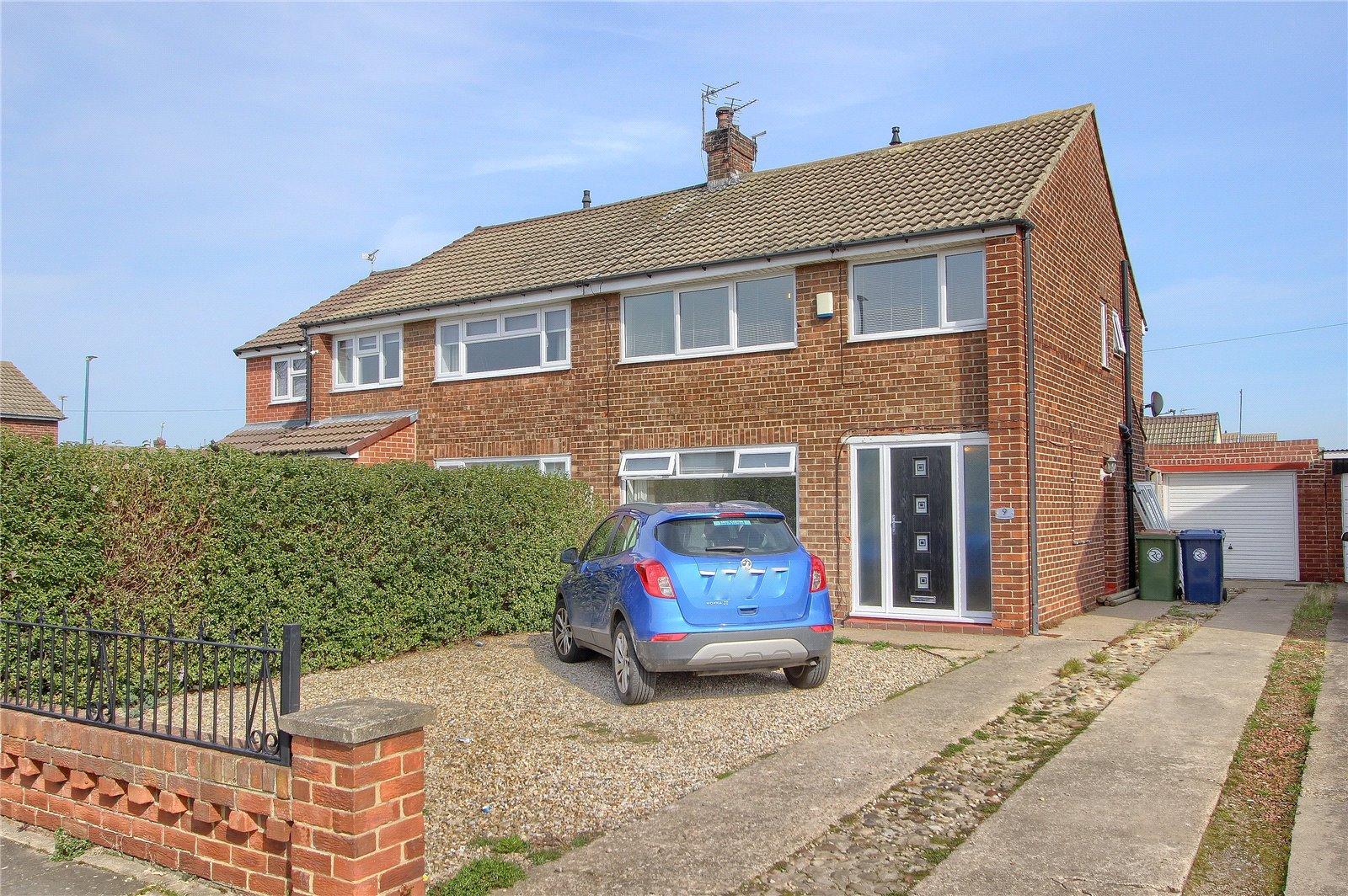 3 bed house for sale in Cotswold Drive, Redcar - Property Image 1