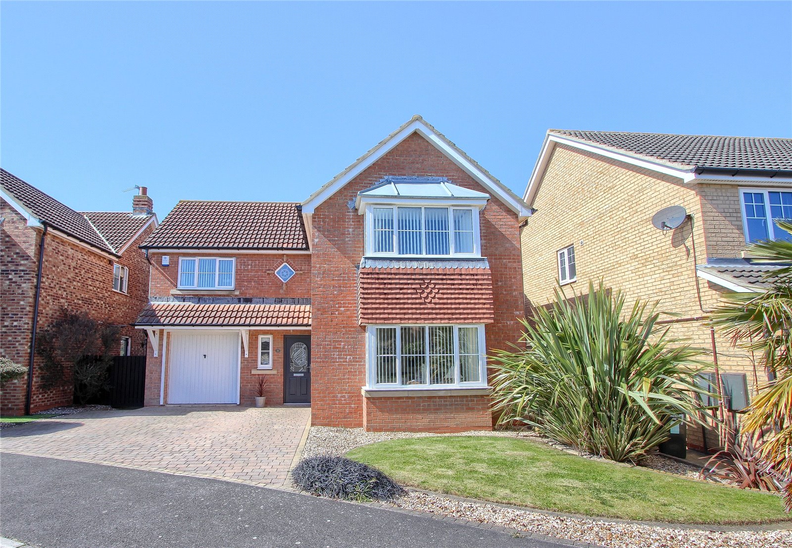 4 bed house for sale in Deepdene Grove, Redcar  - Property Image 1