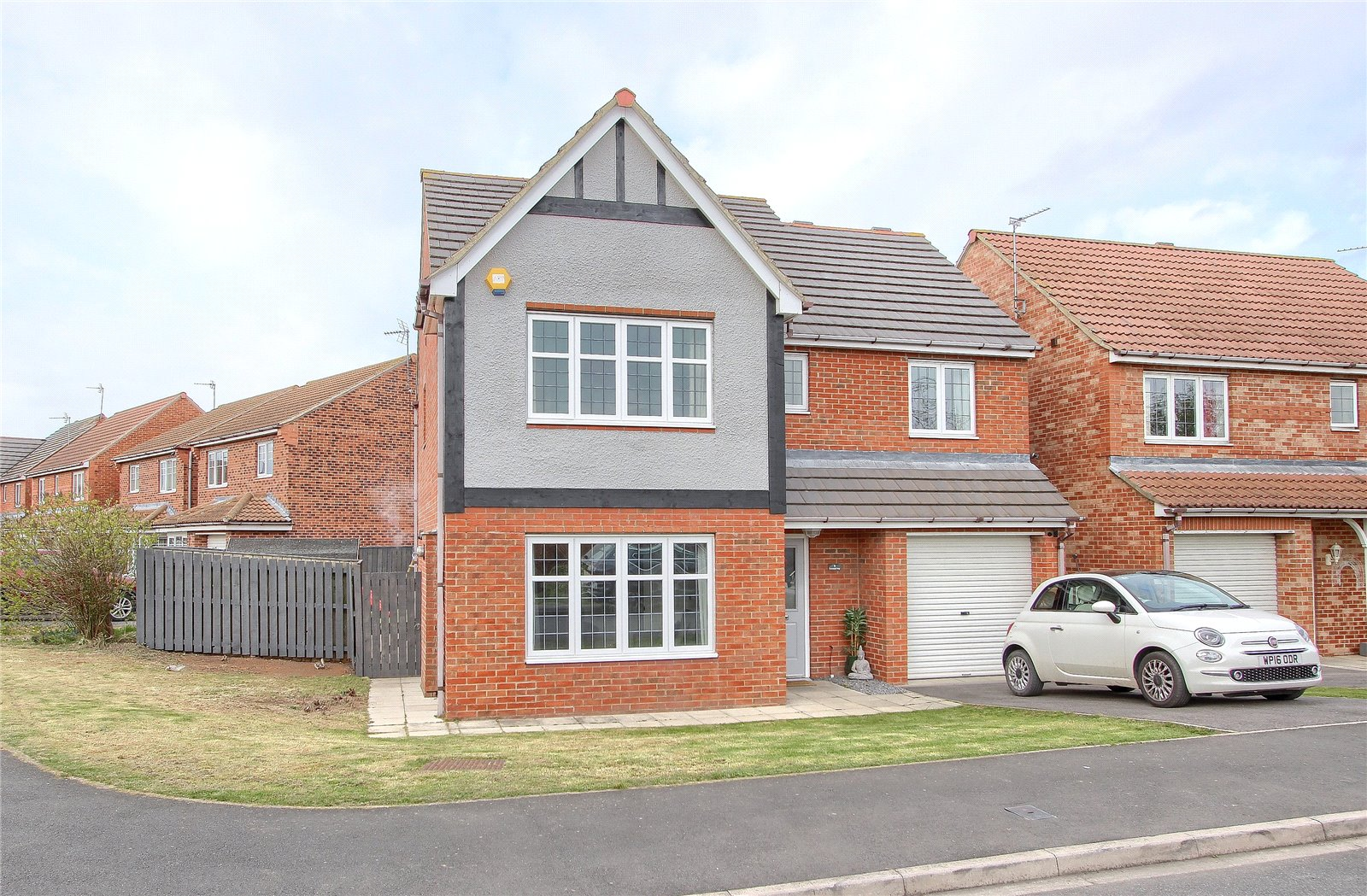4 bed house for sale in Lowestoft Way, Redcar  - Property Image 1