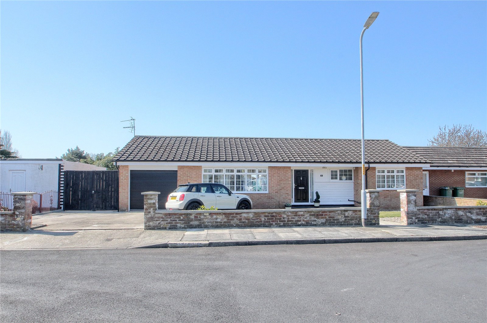 3 bed bungalow for sale in Bentinck Road, Fairfield - Property Image 1