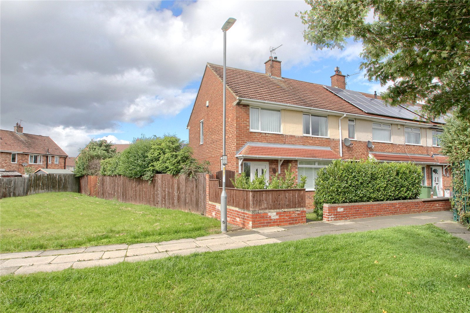 3 bed house for sale in Langham Walk, Fairfield - Property Image 1