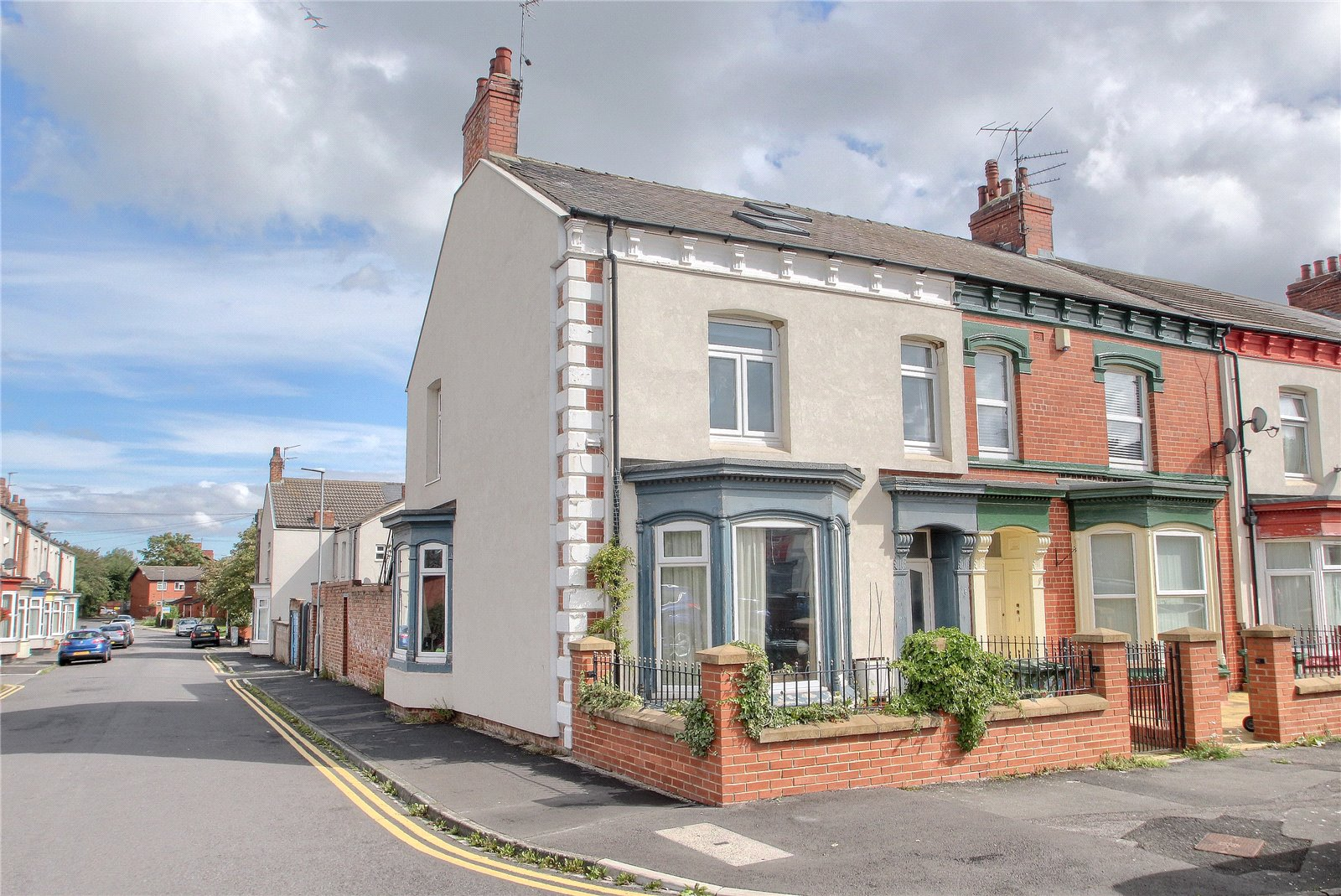5 bed house for sale in Varo Terrace, Stockton-on-Tees - Property Image 1