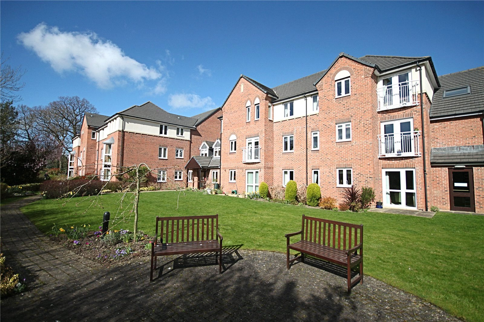 1 bed for sale in The Avenue, Eaglescliffe - Property Image 1
