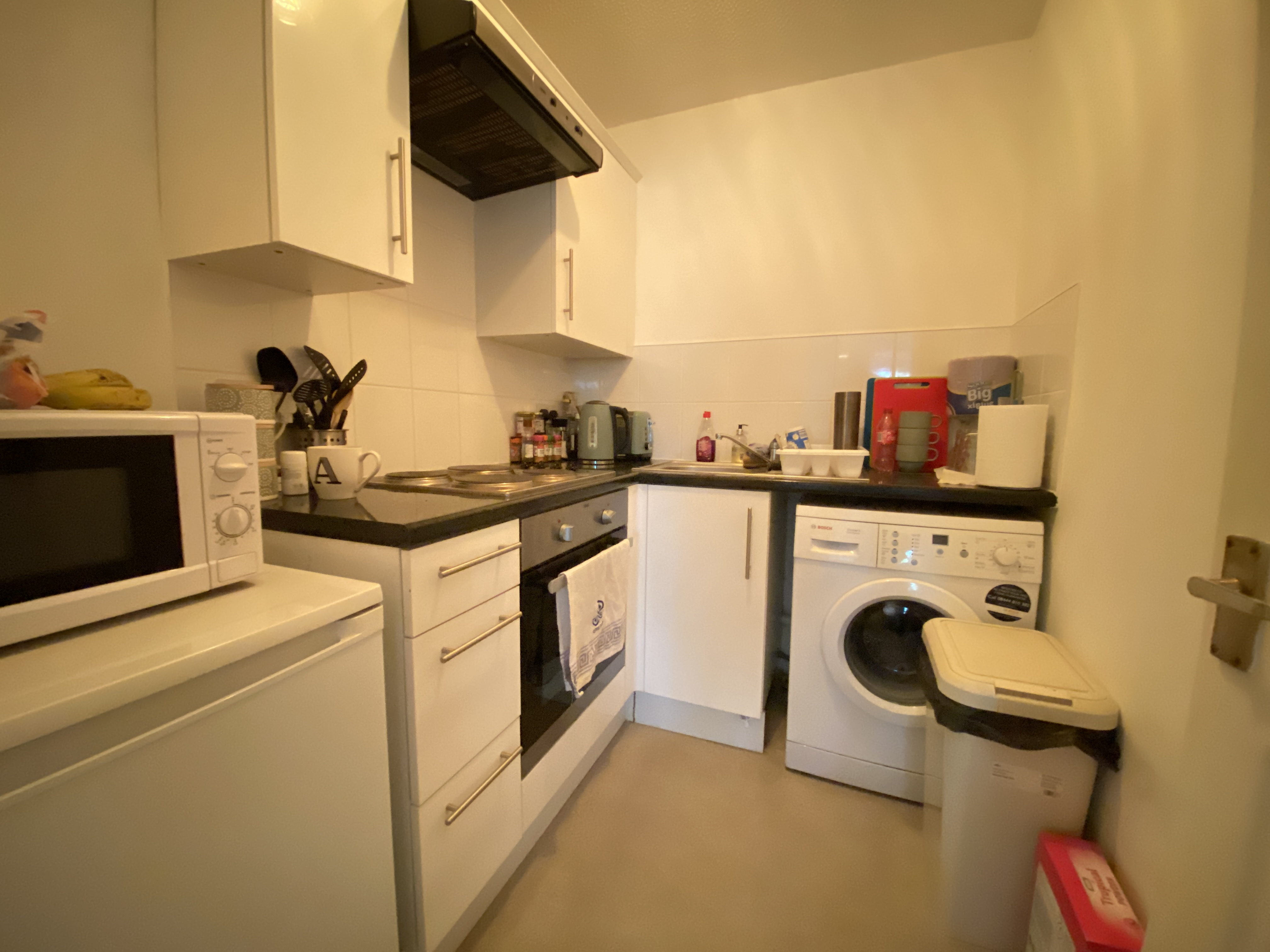 1 bed flat to rent in Kingsdale Court Milton Road, Swanscombe, DA10