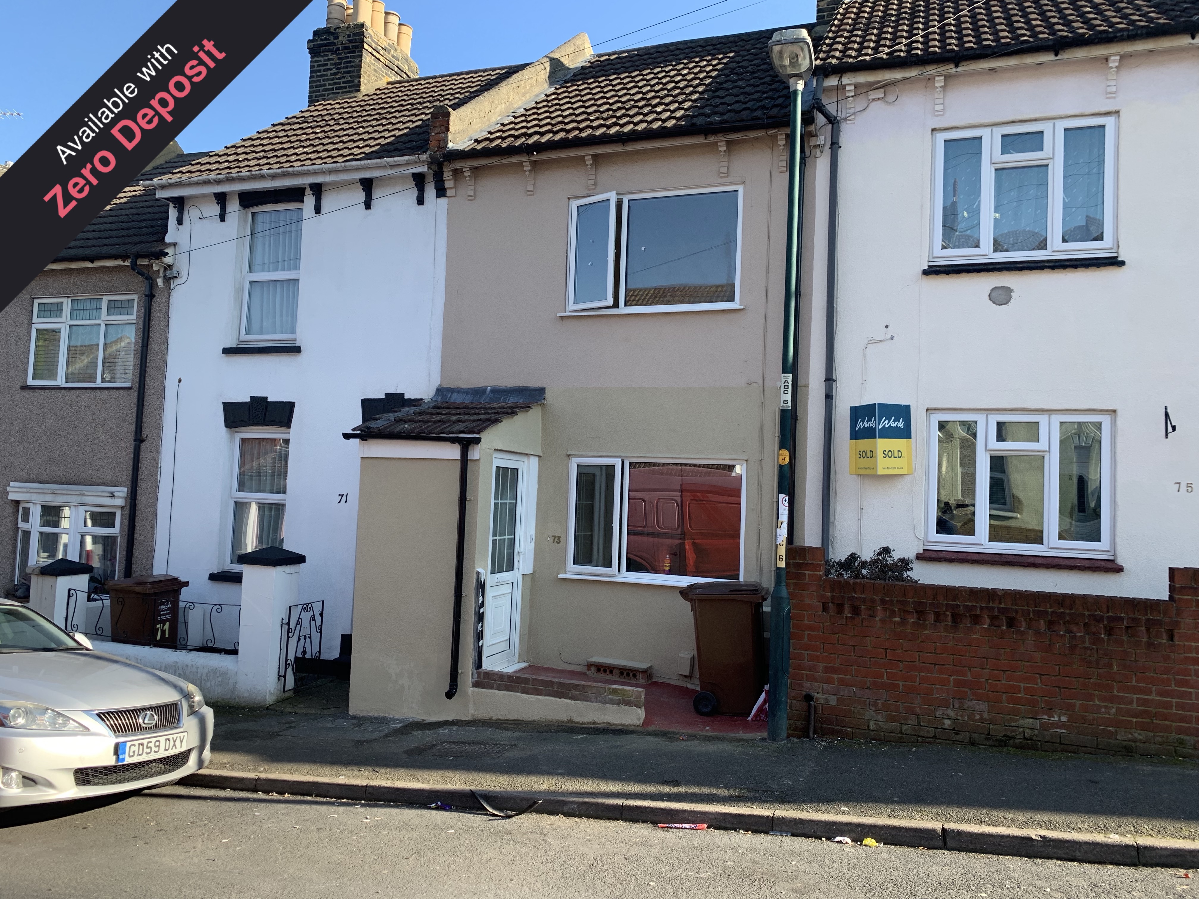 3 bed terraced house to rent in Albany Road, Chatham, ME4