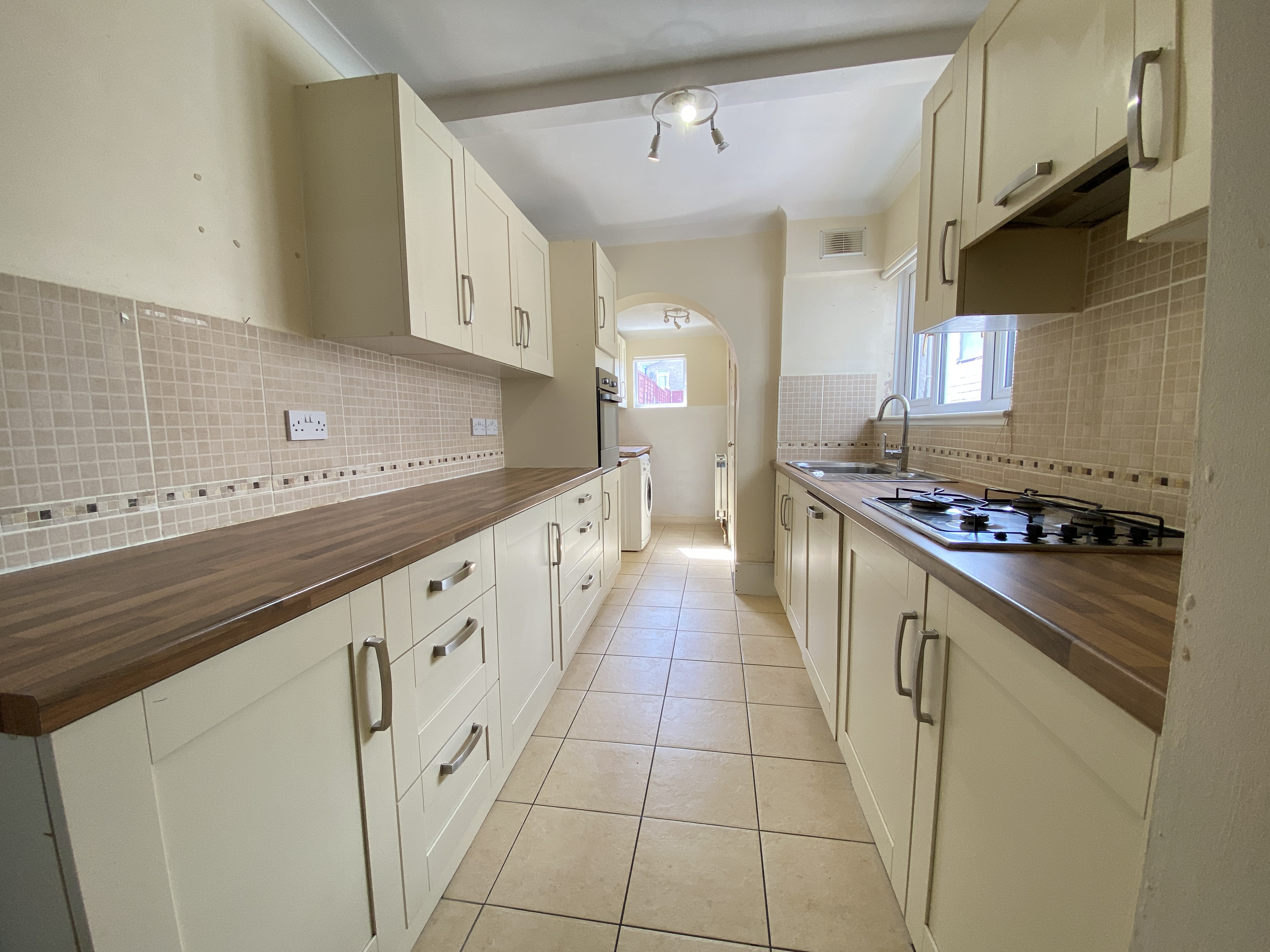 3 bed terraced house to rent in Chaucer Road, Gillingham, ME7
