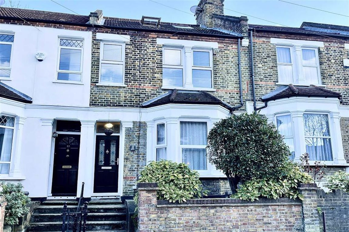 5 bed terraced house for sale in Genesta Road, Shooters Hill, SE18