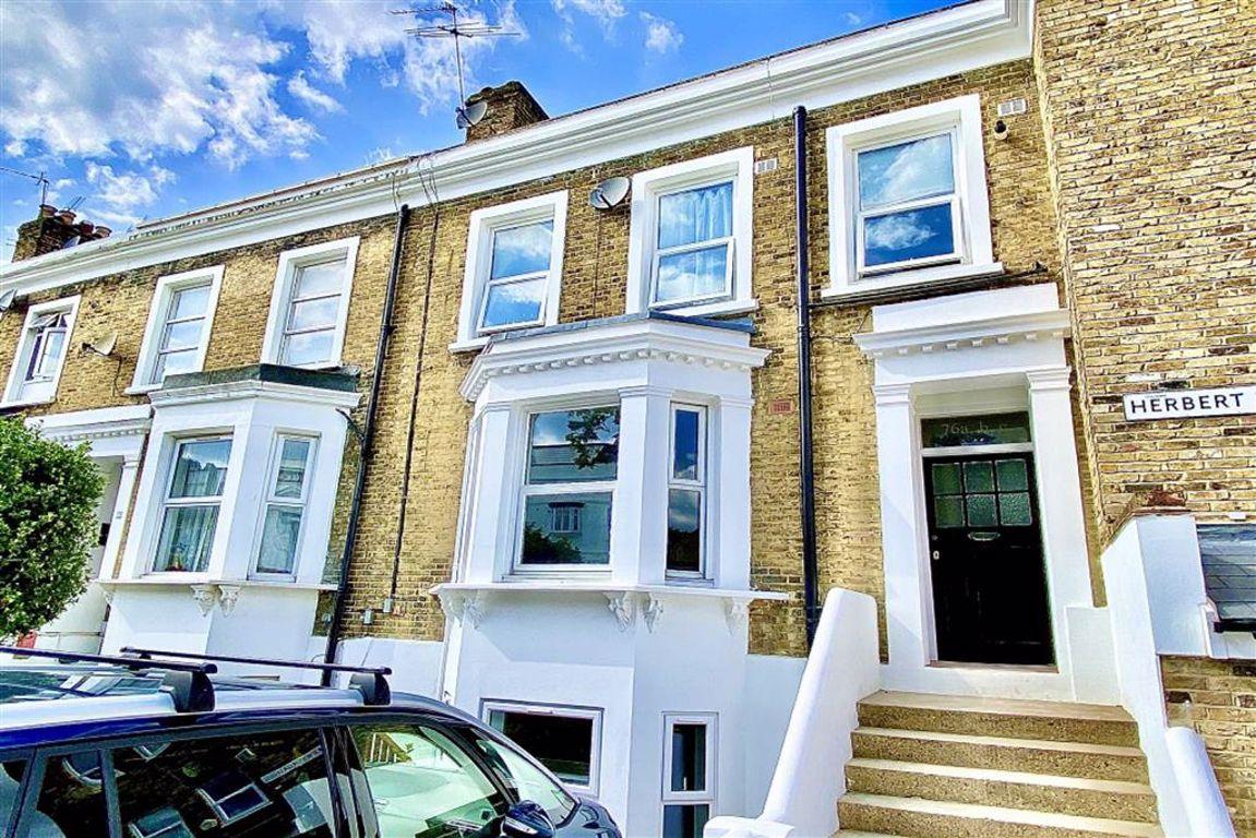1 bed flat to rent in Herbert Road, Plumstead, SE18