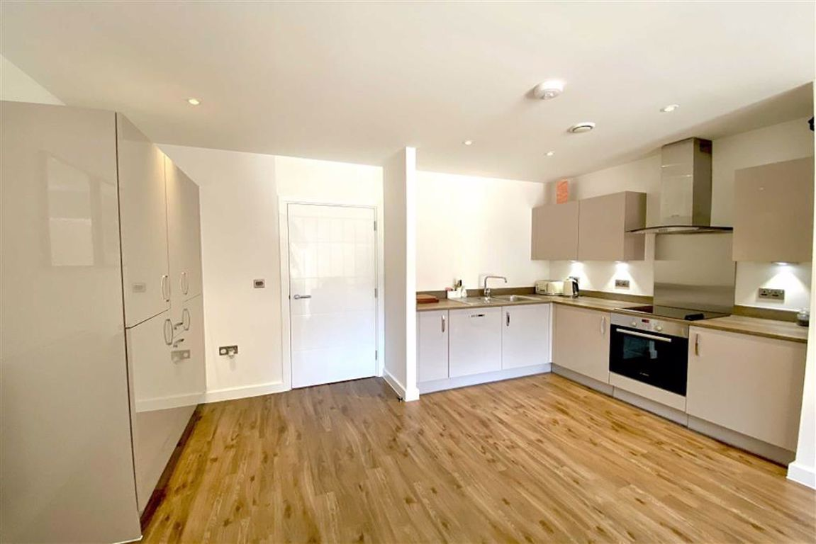 2 bed flat for sale in Rolfe Terrace, Woolwich  - Property Image 1