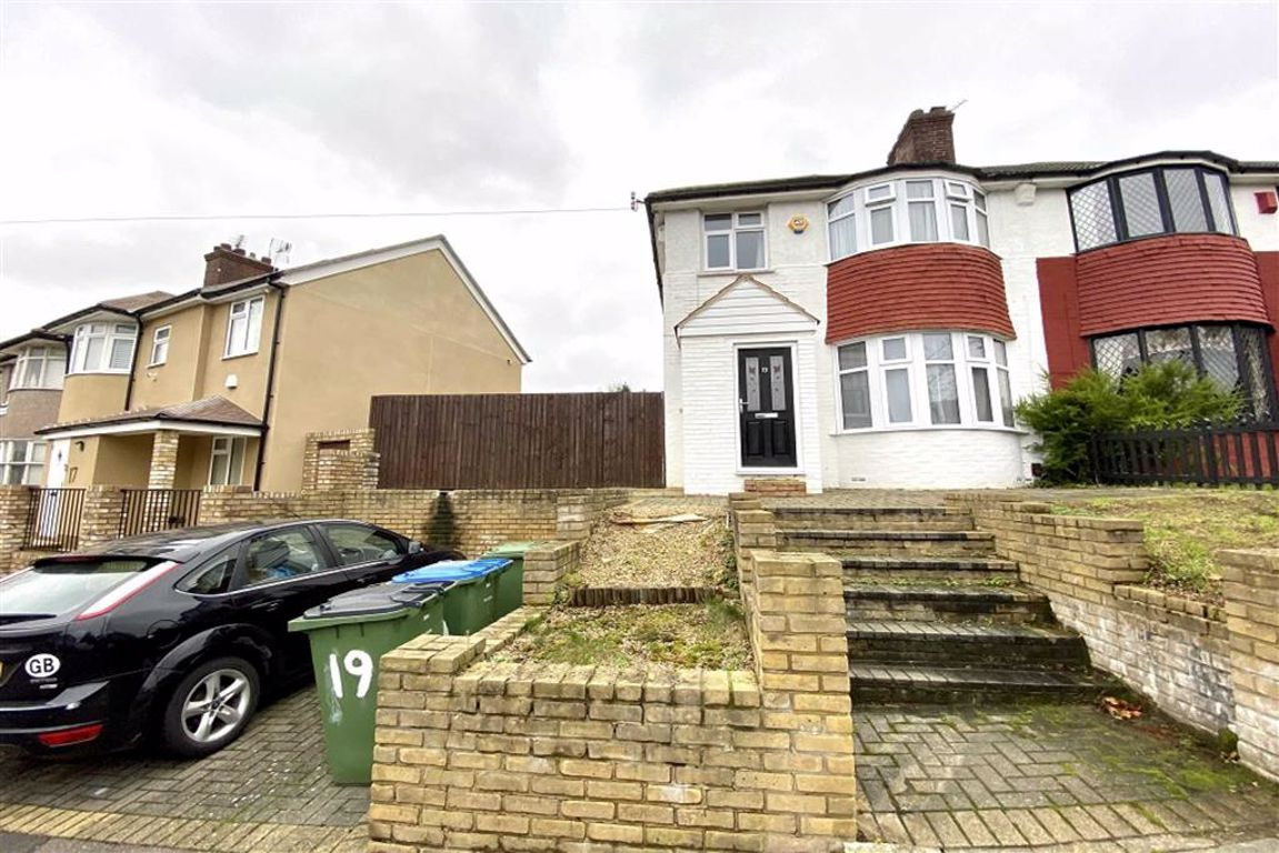 3 bed semi-detached house for sale in Ankerdine Crescent, Shooters Hill, SE18