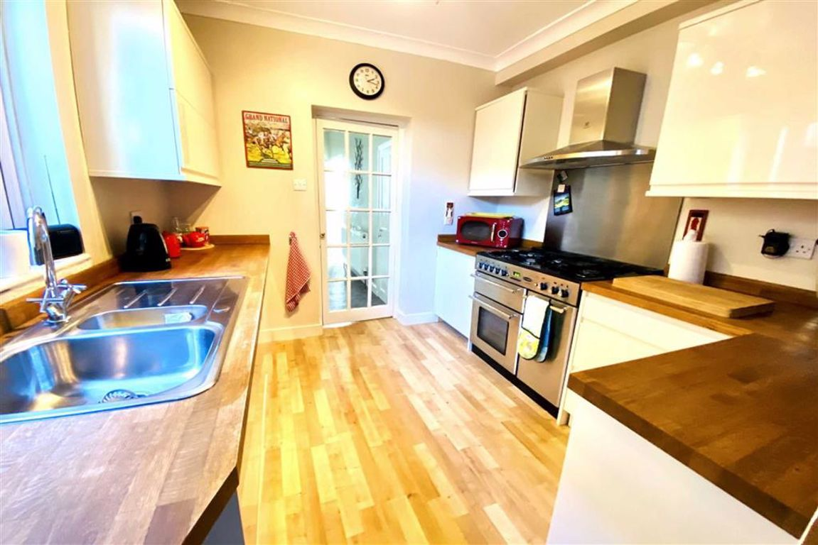 3 bed terraced house for sale in Kirkham Street, Plumstead 0