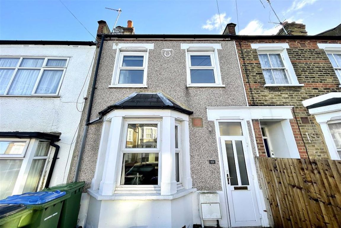 2 bed terraced house for sale in Cardiff Street, Plumstead, SE18