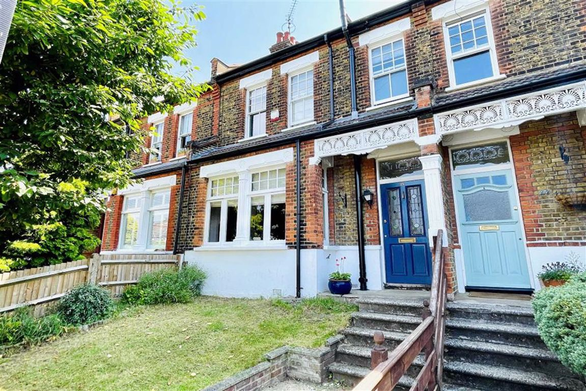 4 bed terraced house for sale in Cleanthus Road, Shooters Hill - Property Image 1