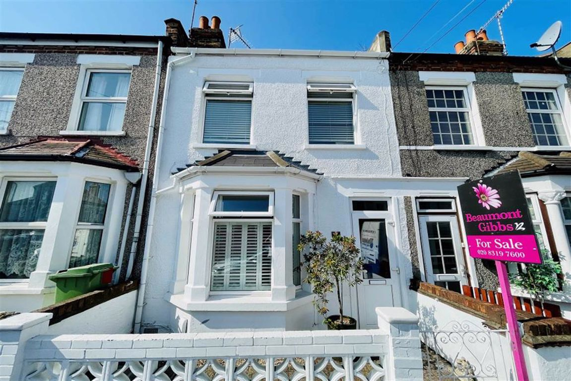 2 bed terraced house for sale in Alabama Street, Plumstead, SE18