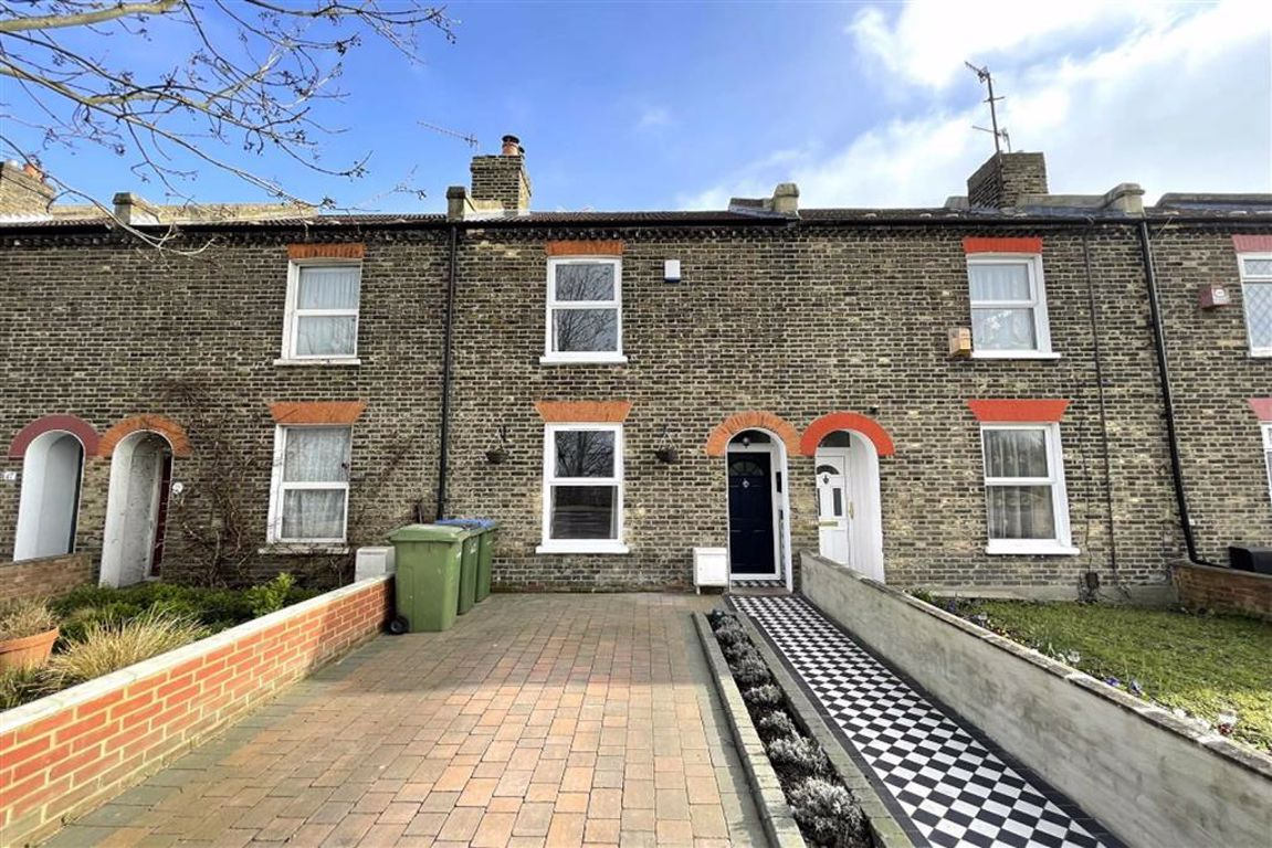3 bed terraced house for sale in The Slade, Plumstead, SE18