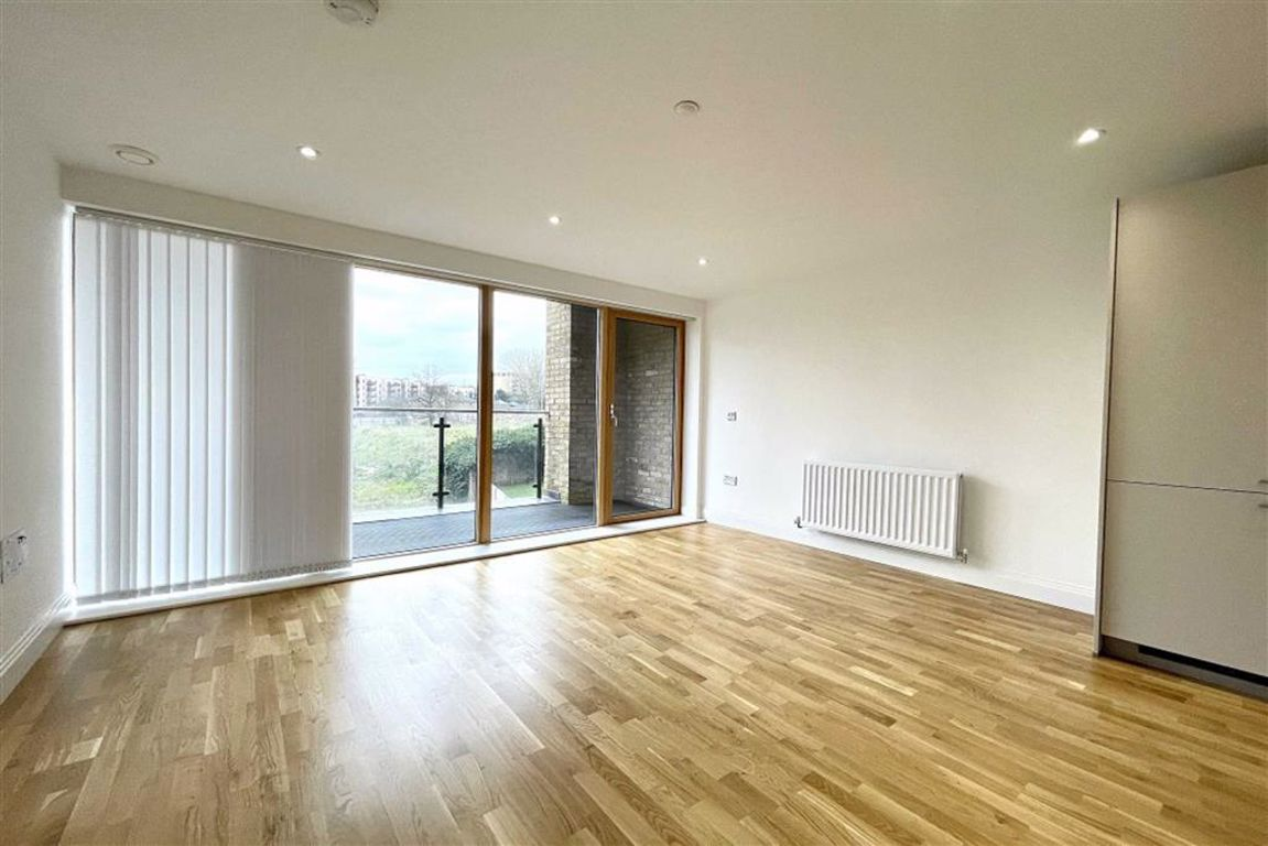 1 bed flat to rent in Wellington Street, Woolwich, SE18