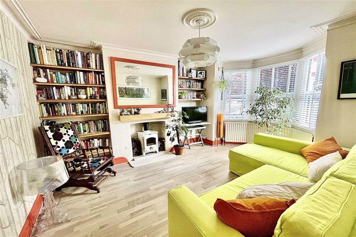 2 bed terraced house for sale in Ingledew Road, Plumstead, SE18