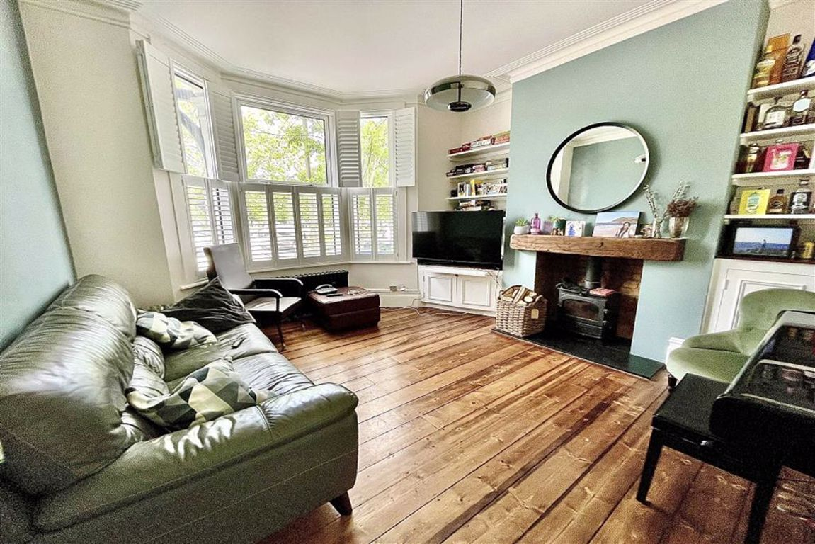 3 bed terraced house for sale in Plumstead Common Road, Plumstead, SE18