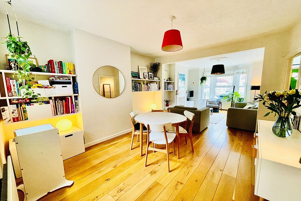 2 bed terraced house for sale in Roydene Road, London - Property Image 1