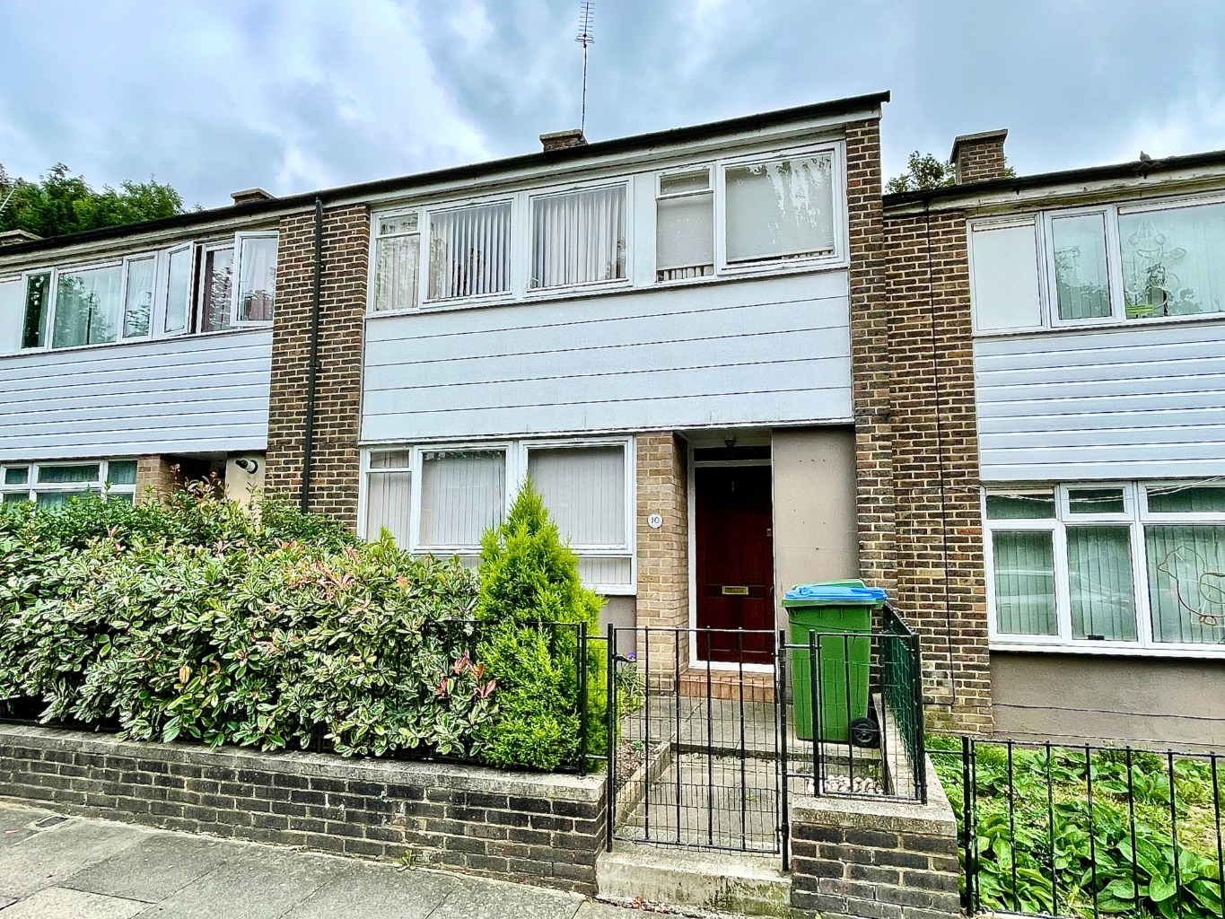 3 bed terraced house for sale in Godfrey Road, London - Property Image 1