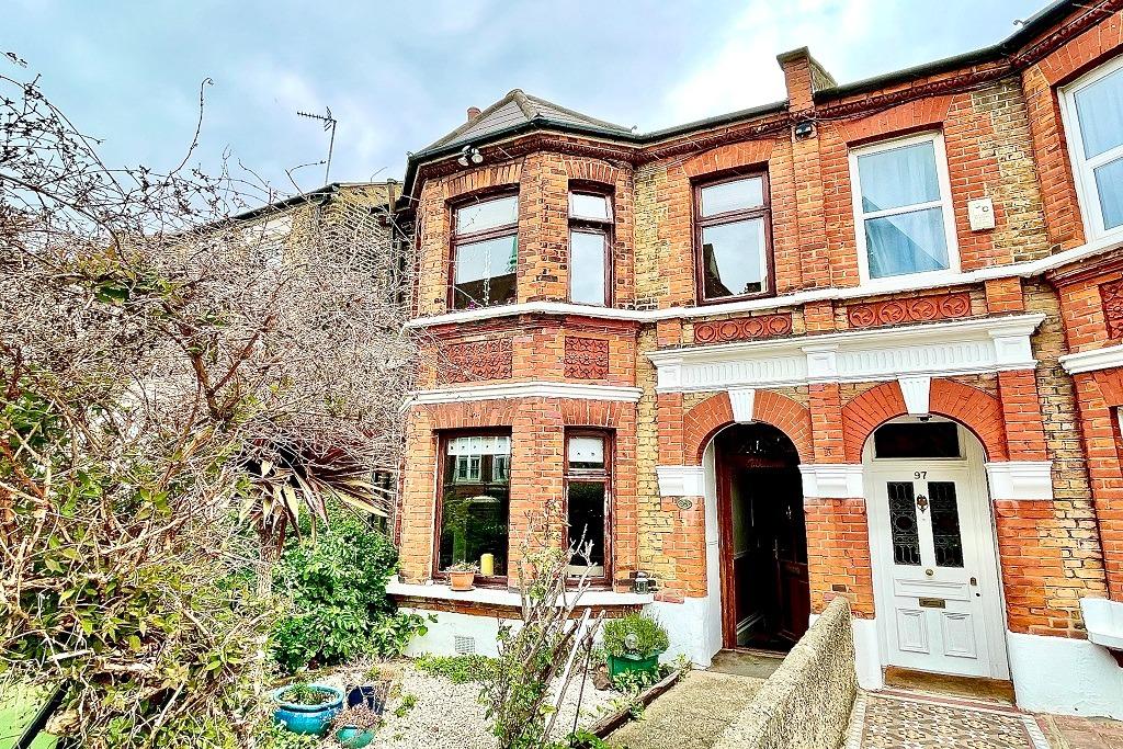 4 bed semi-detached house for sale in Genesta Road, London, SE18
