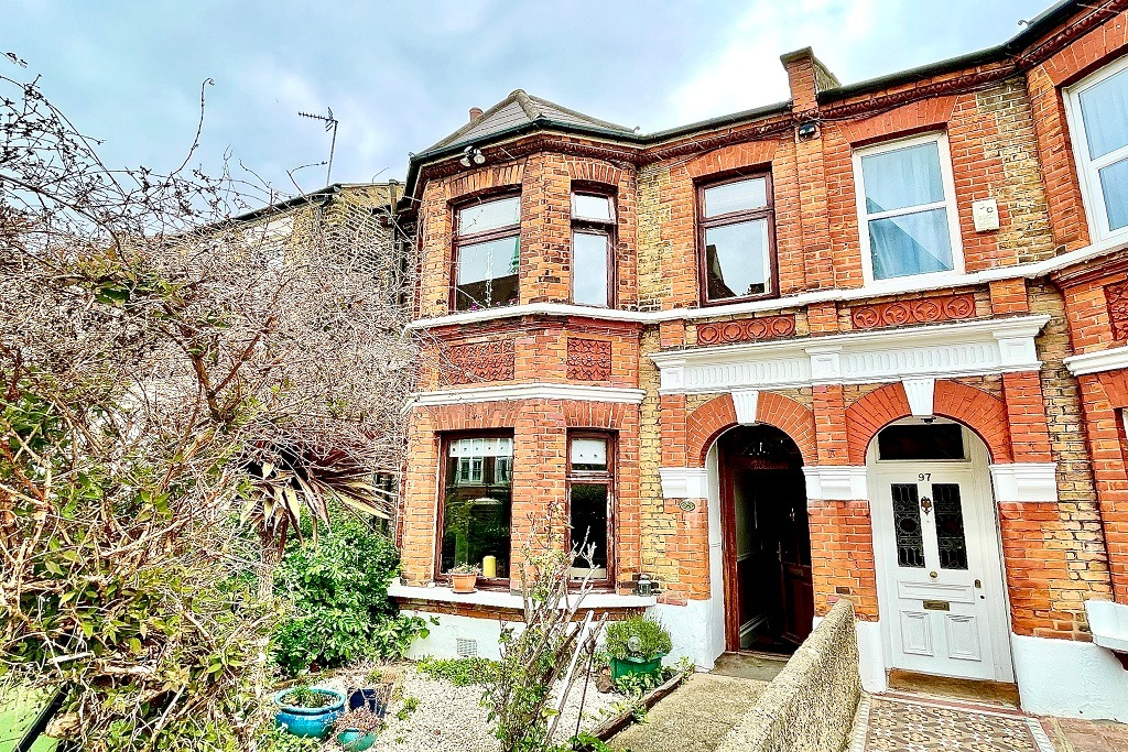 4 bed semi-detached house for sale in Genesta Road, London  - Property Image 1
