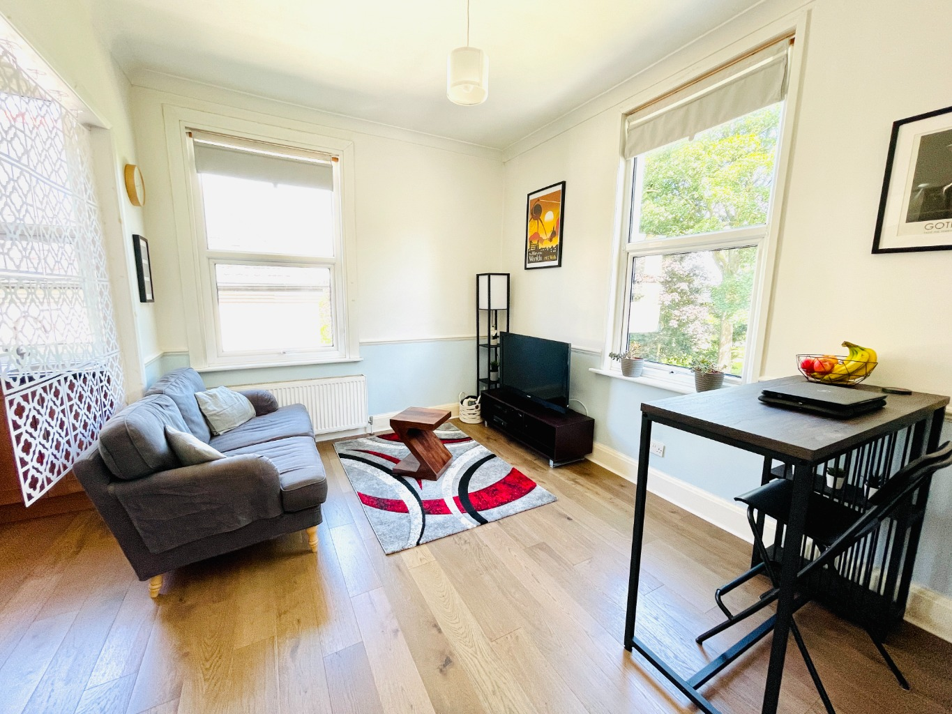 2 bed flat for sale in Eglinton Hill, London - Property Image 1