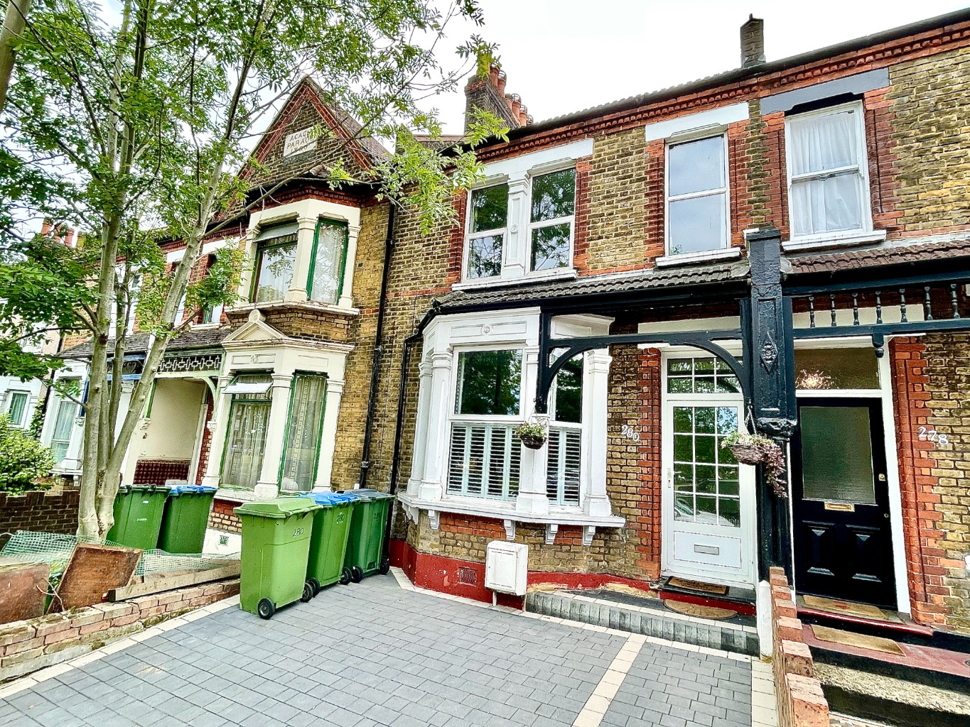 3 bed terraced house for sale in Plumstead Common Road, London, SE18