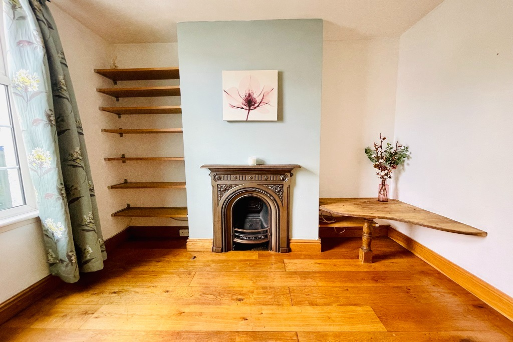 2 bed terraced house for sale in Brewery Road, London, SE18