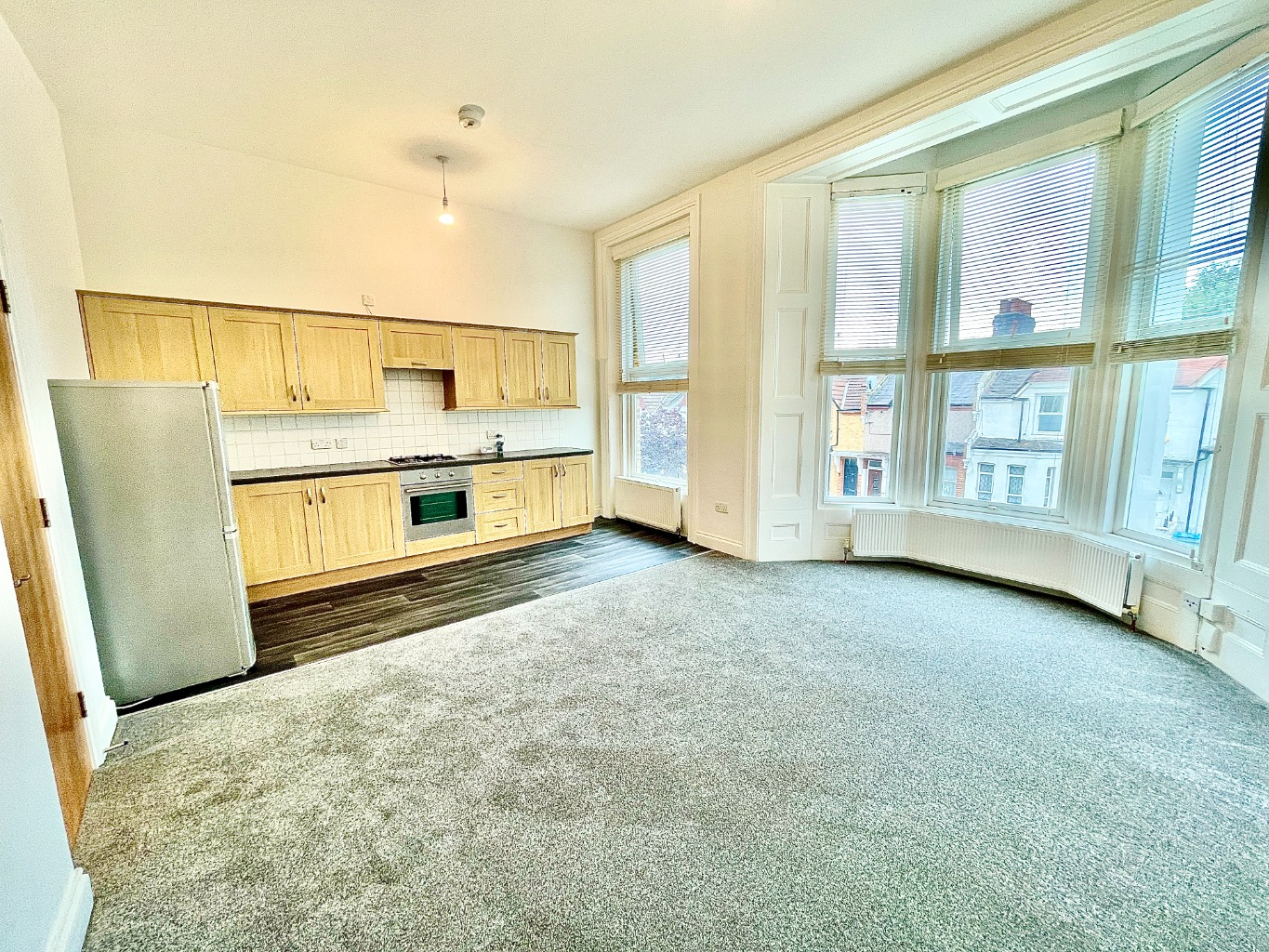 1 bed apartment to rent in Vicarage Park, London, SE18
