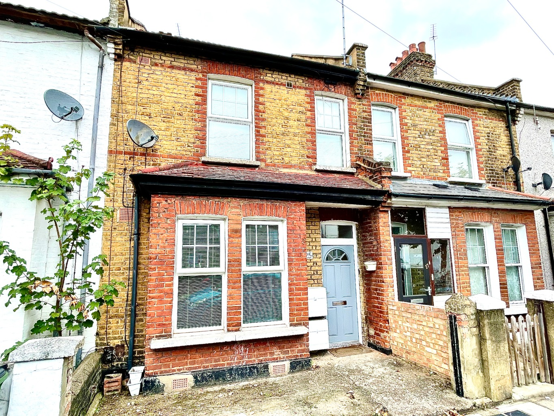 1 bed apartment for sale in Brookdene Road, London, SE18