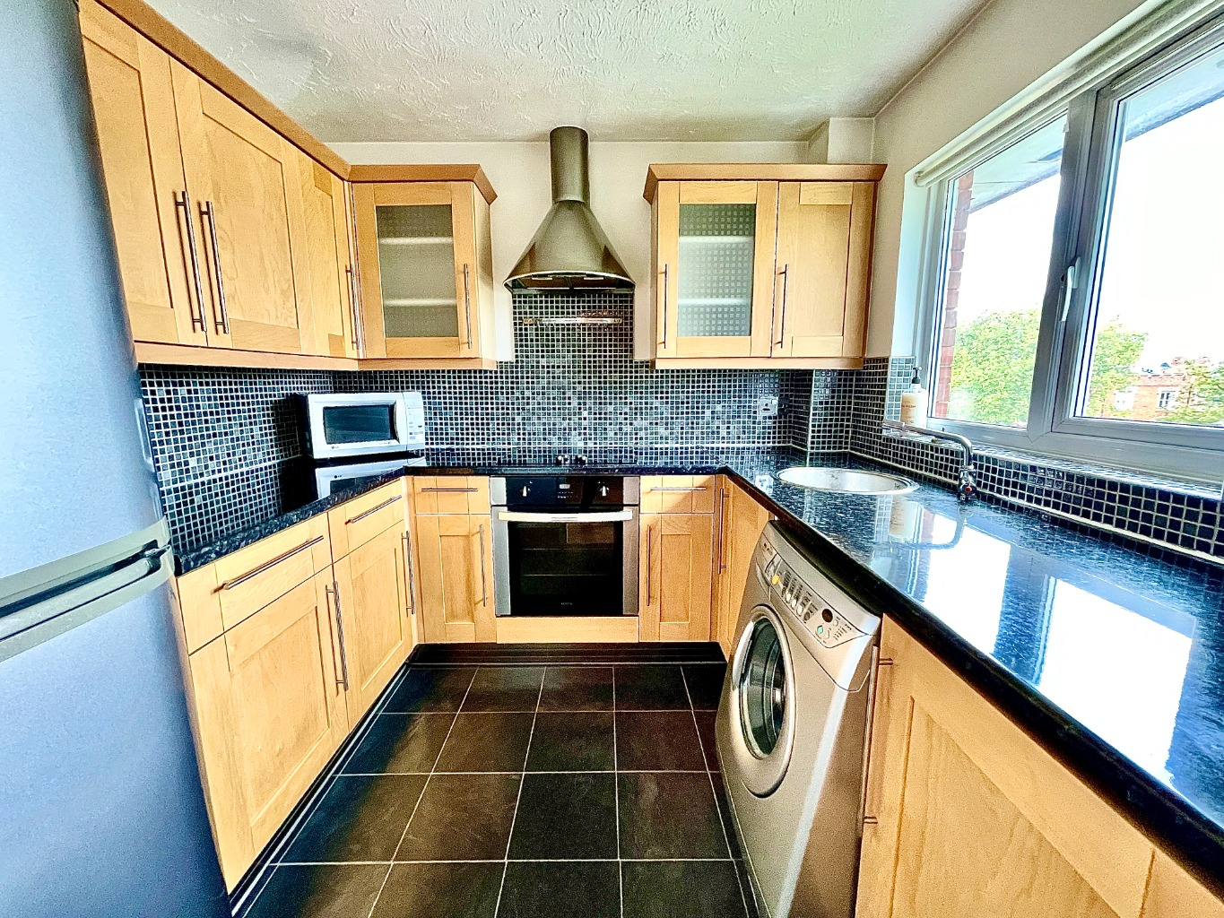 2 bed apartment for sale in Garrison Close, Shooters Hill 1
